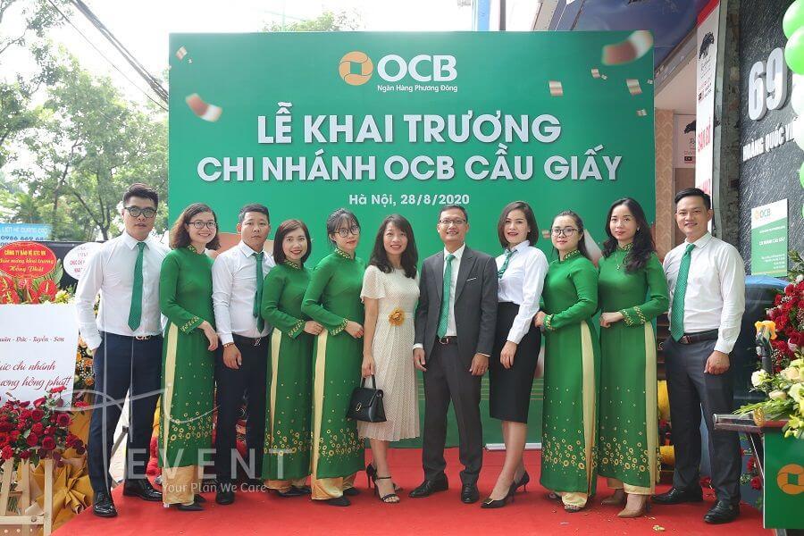 nhan-su-ngan-hang-ocb-cau-giay