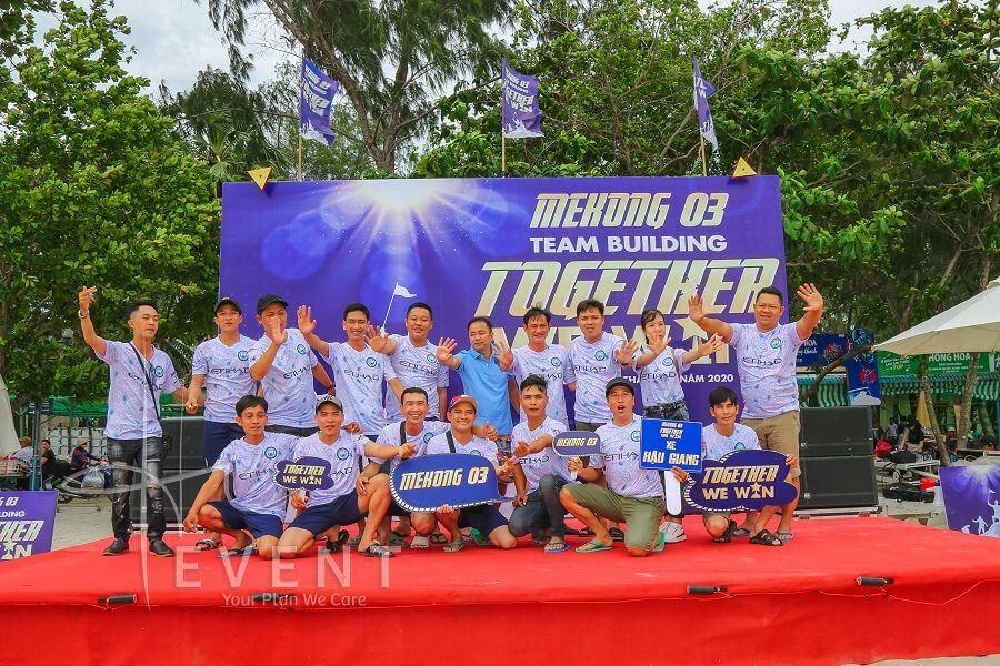 to-chu-teambuilding-mekong3