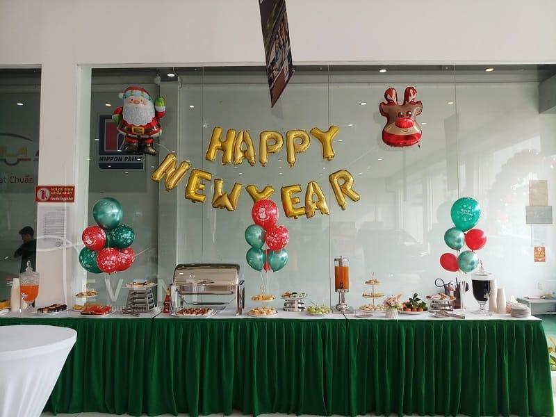 trang-tri-happy-new-year-hong-phuong